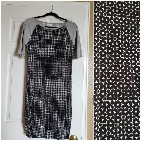 LuLaRoe Dresses & Skirts - Lularoe Julia Black and White Grey Sleeves